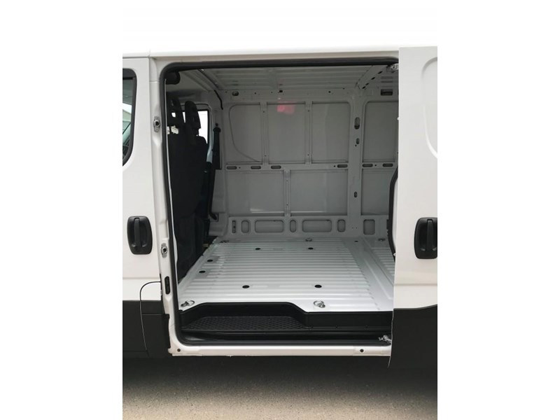 iveco daily 35s13 553211 005