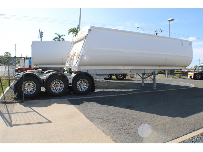 bruce rock engineering b-double slider bulk tippers 555491 023