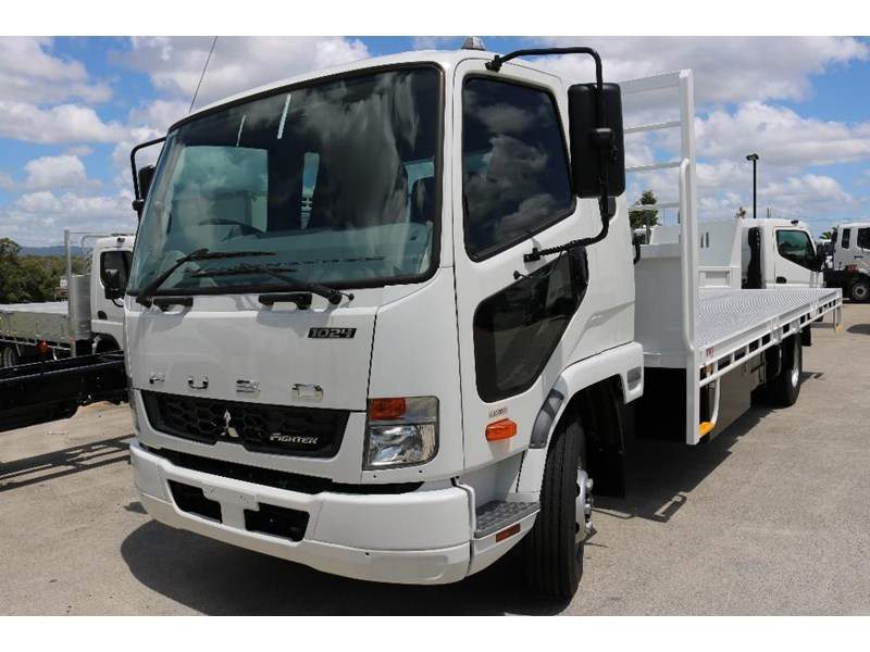 fuso fighter 556558 002