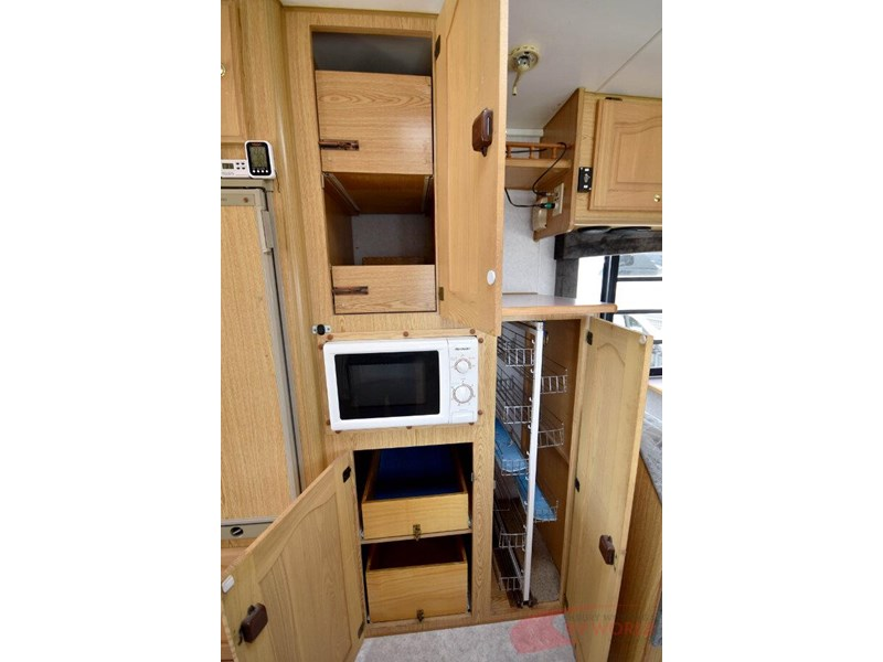 winnebago industries alpine 557207 013