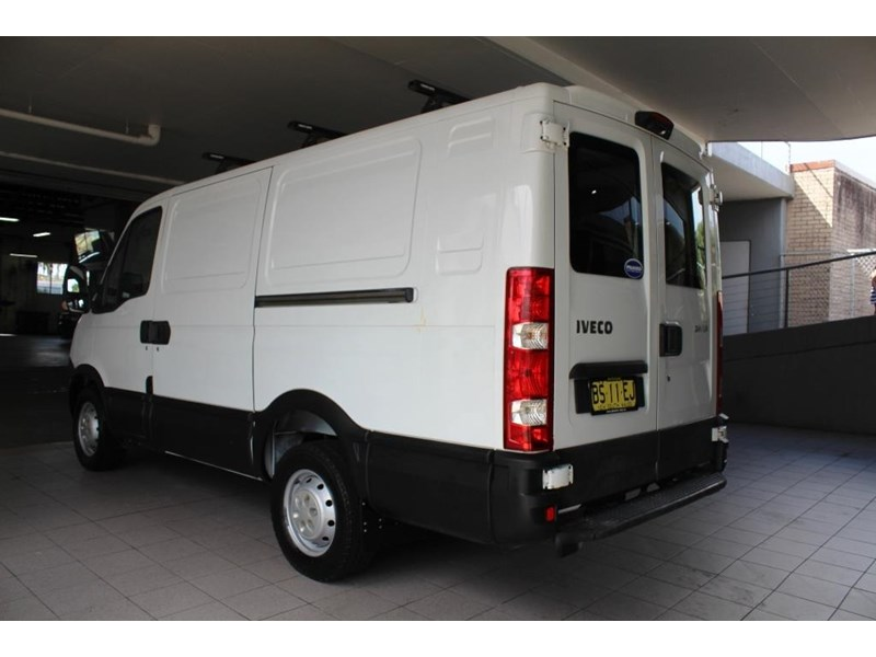 iveco daily 559985 010