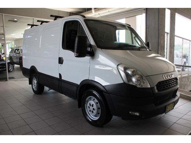 iveco daily 559985 001