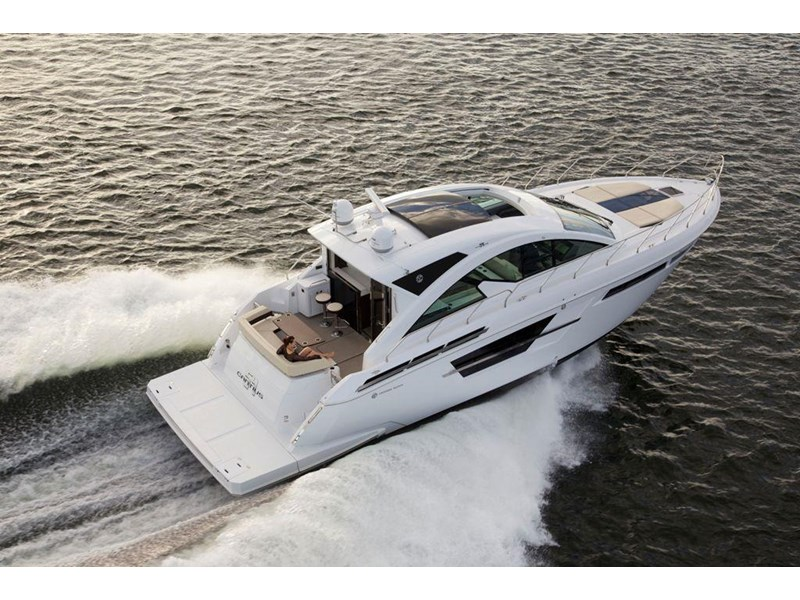 cruiser yachts 54 cantius sports yacht 560075 001