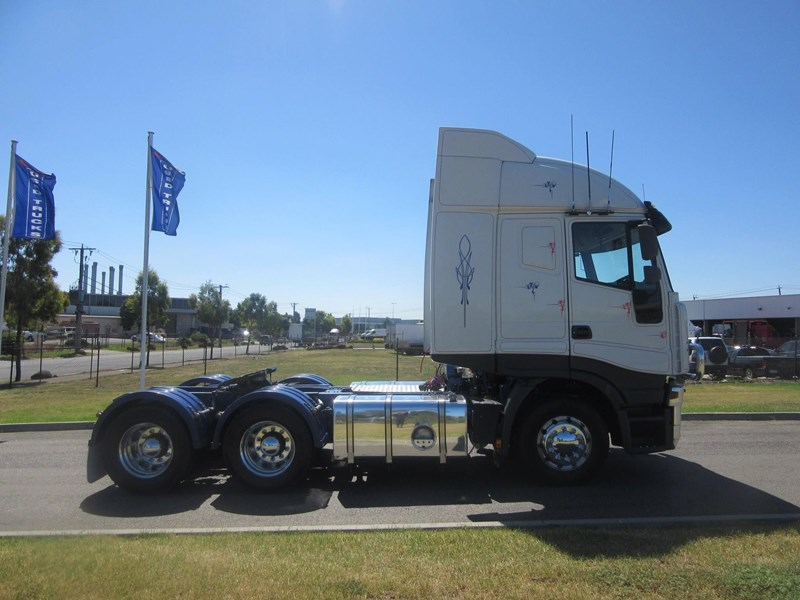 iveco stralis at/as/ad 552637 009