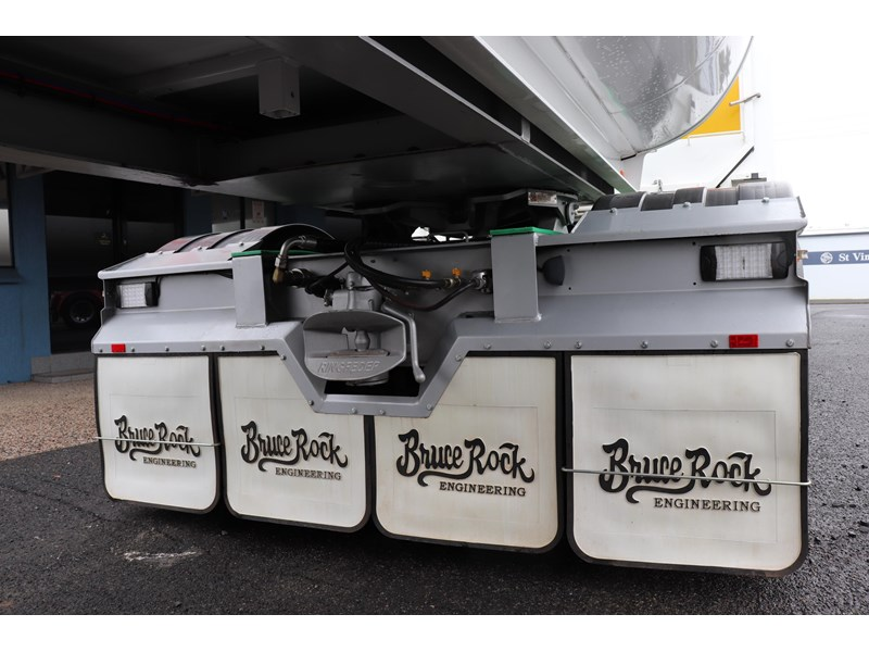 bruce rock engineering b-double slider bulk tippers 555491 025