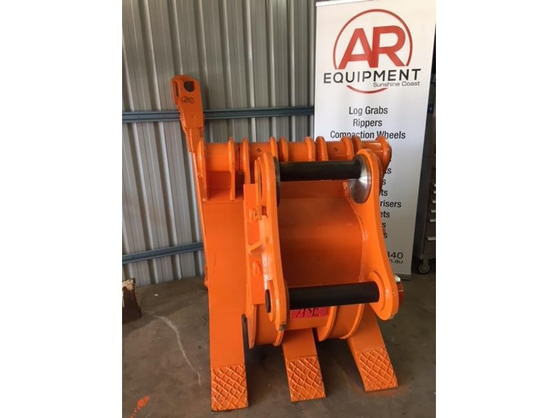 ar equipment are 20-24 ton log demo mechanical grab 444370 009