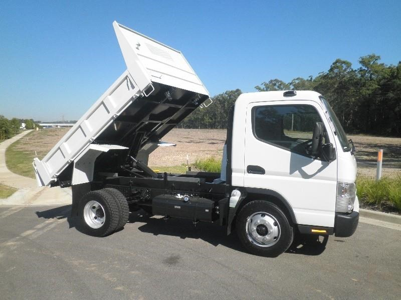 fuso canter 715 wide 453695 002