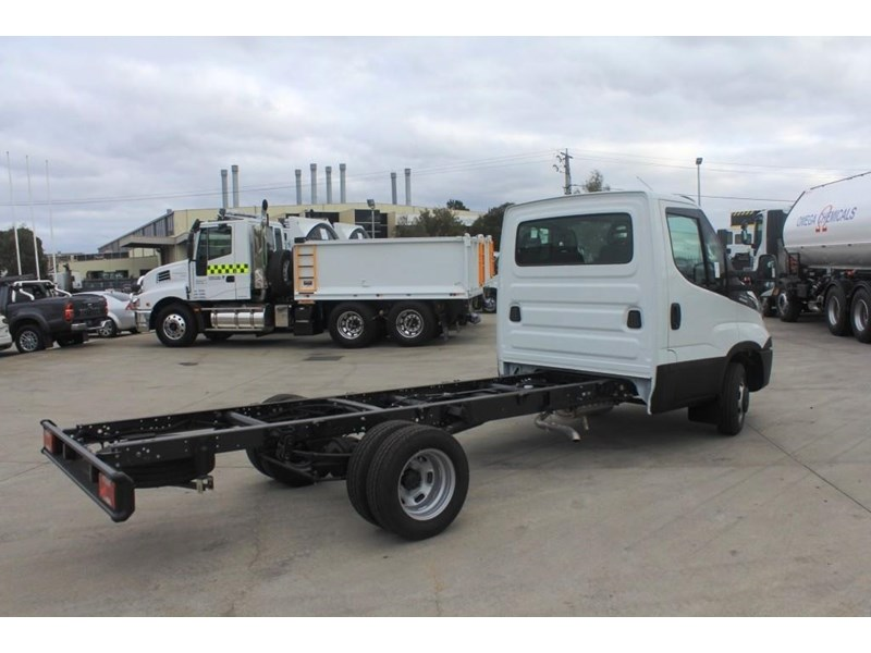 iveco daily 50c 17/18 575574 003