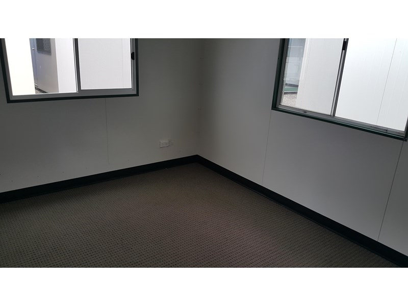 mcgregor 10.5m x 3.0m site office 577708 003