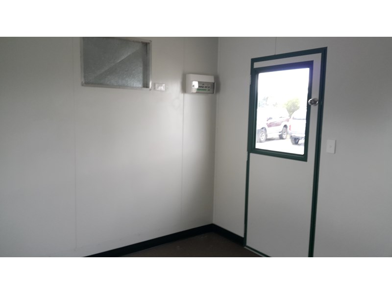 mcgregor 10.5m x 3.0m site office 577708 004