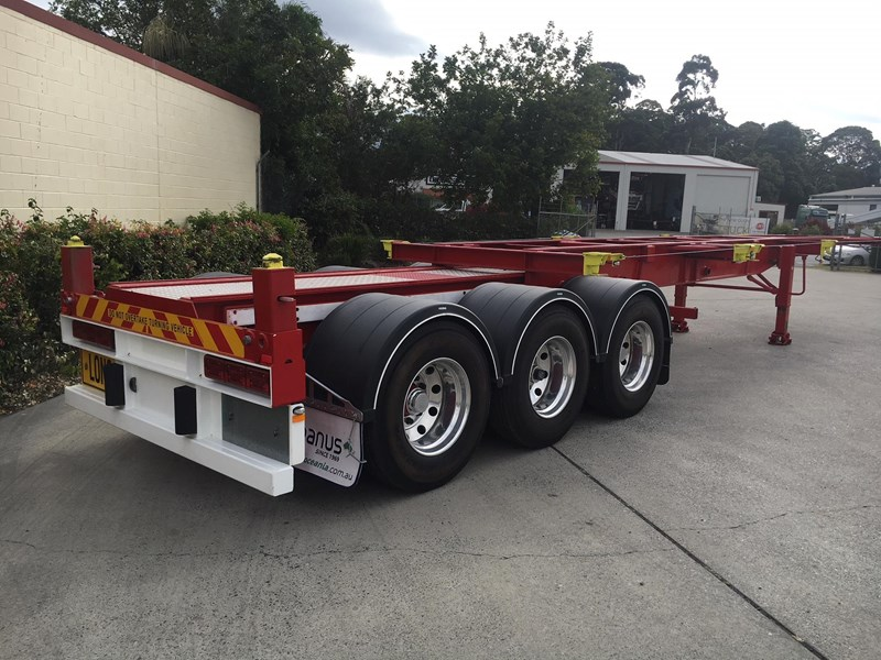panus retractable skeletal semi trailer 499267 004