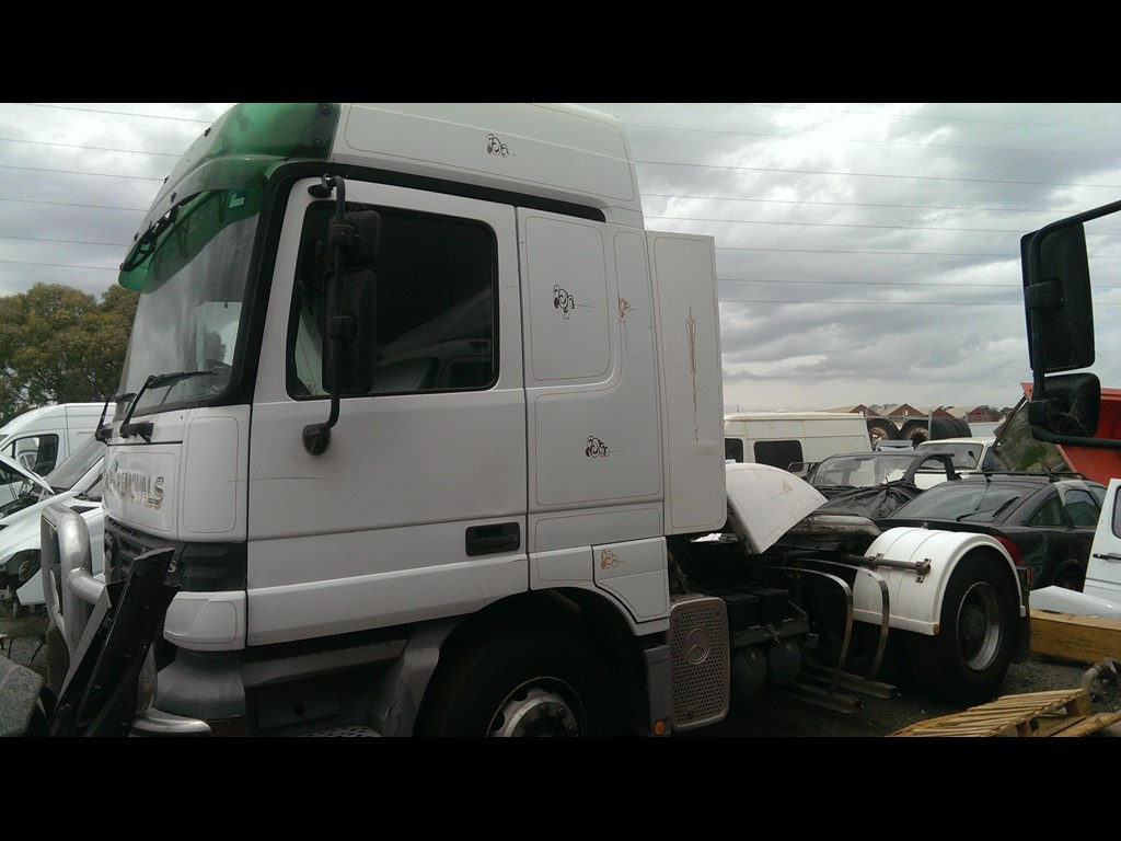2001 mercedes benz actros 1840 for sale for Mercedes benz actros for sale