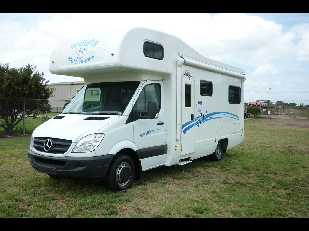 2010 mercedes benz sprinter for sale trade rvs australia for Mercedes benz motor home