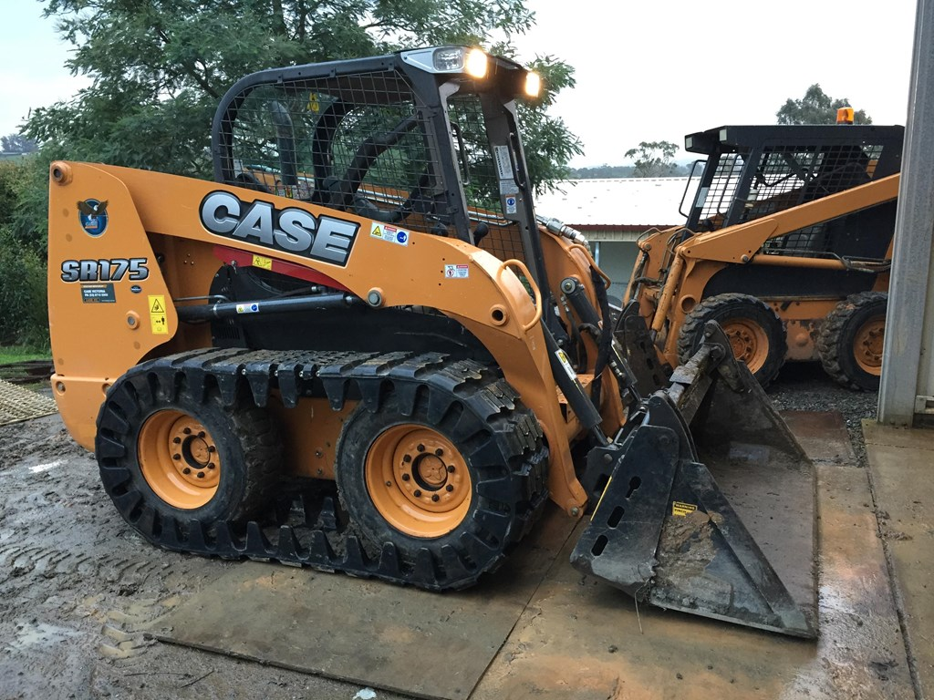 komatsu case We also supply parts for most major brands in the construction industry: case,  caterpillar, doosan, john deere, komatsu, takeuchi, and volvo, both new and.