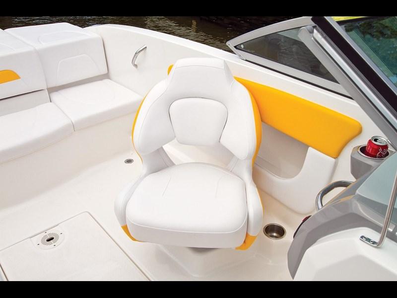 chaparral h2o 19 sport 106365 035
