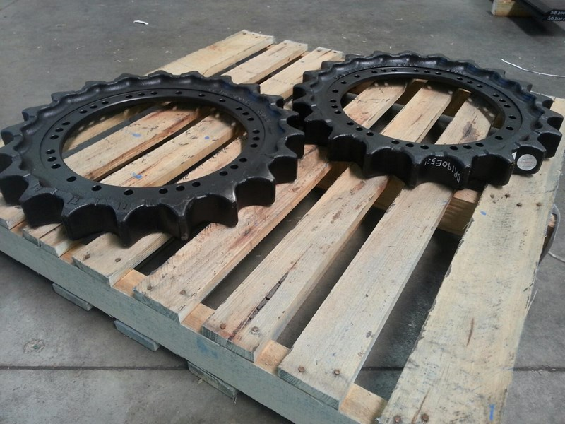 volvo volvo sprockets to suit ec140 up to ec210. voe14532385 152455 003