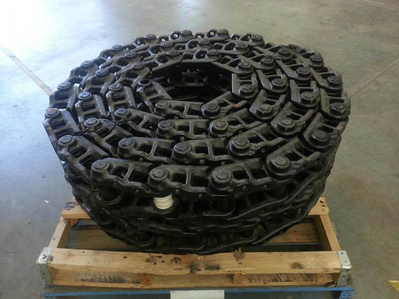 caterpillar caterpillar greased track chains to suit cat 317 up to cat 320. 1646893 160727 001
