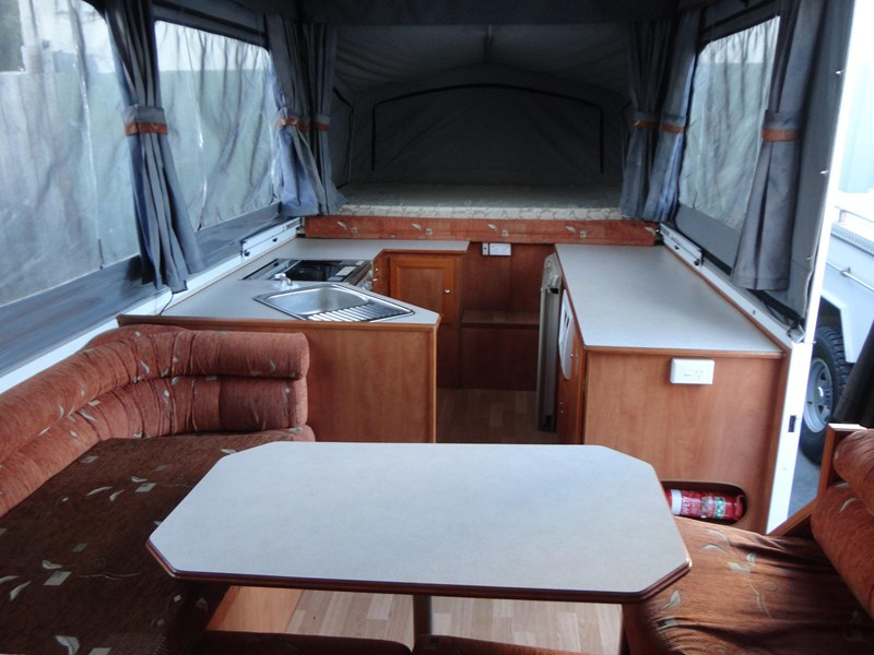 goldstream rv sovereign 209937 005