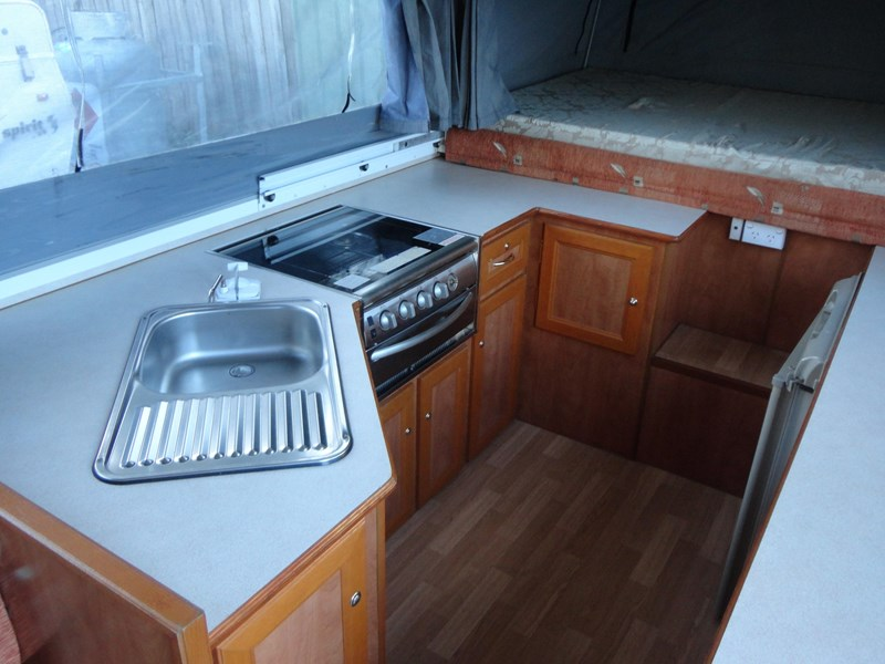 goldstream rv sovereign 209937 009