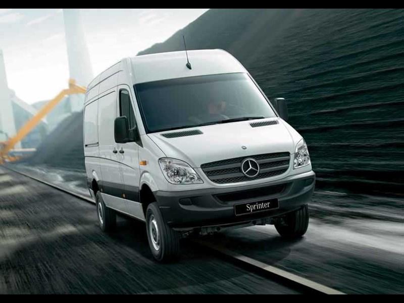 New mercedes benz sprinter 319 cdi lwb high roof van light for Mercedes benz van for sale