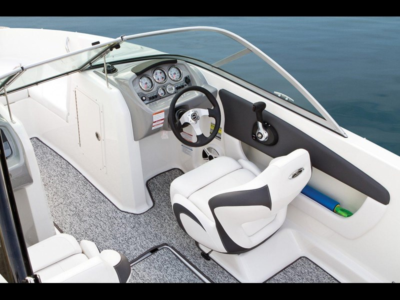 chaparral h2o 19 sport 106365 005