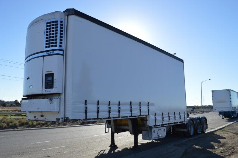 vawdrey st3 lead a 12 pallet dd refirgerated curtain sider 303976 001