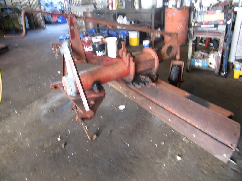 unknown grader blade 304422 009