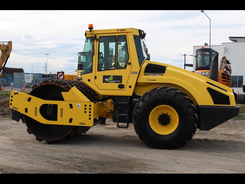 bomag bw213pdh-4 319790 009