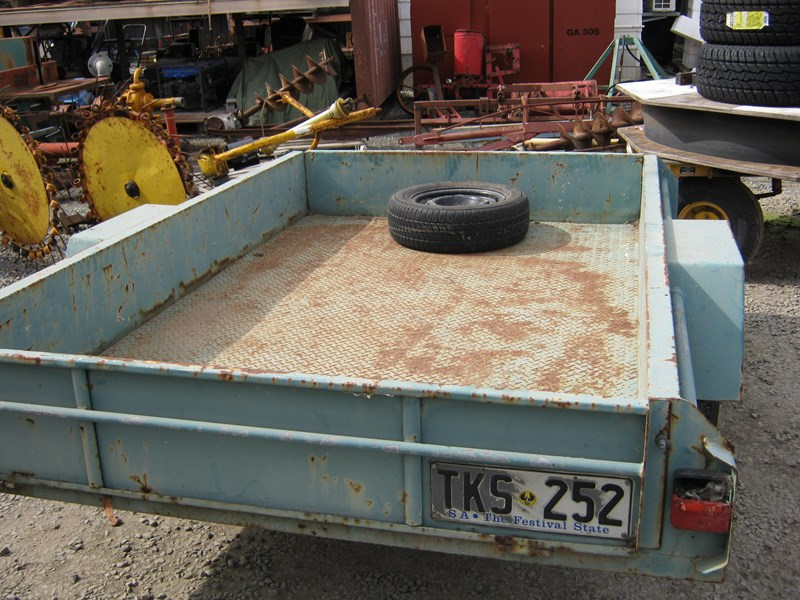 other single axle box trailer 321252 007