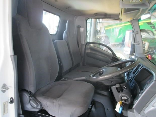 isuzu npr400 medium 340132 011