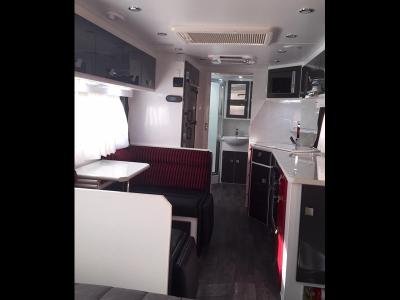 traveller utopia 23' delux ensuite outback 356176 029
