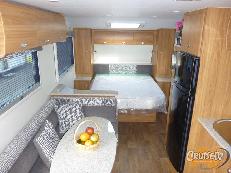 avan caravan owen 609 ht - ensuite model 397330 005