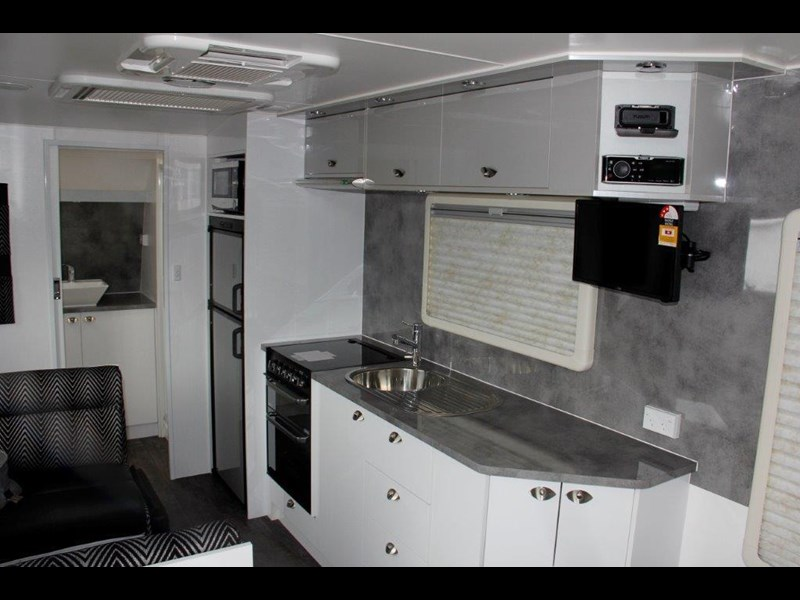 "goldstream rv rhino  ""reduced"" one only save $4,739 409428 045"