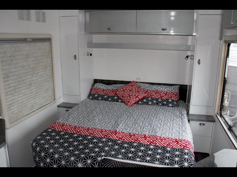 "goldstream rv rhino  ""reduced"" one only save $4,739 409428 047"