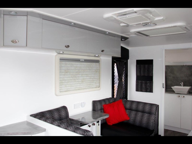 "goldstream rv rhino  ""reduced"" one only save $4,739 409428 061"