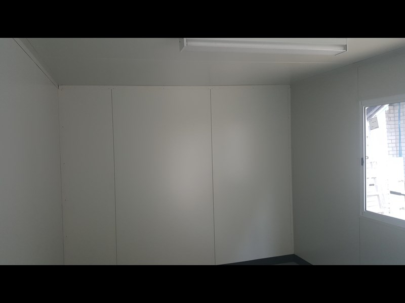 e i group portables 6m x 3m for hire $75 pw 411119 009