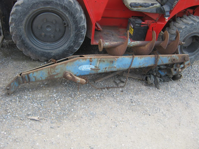 ford post hole digger 416420 001