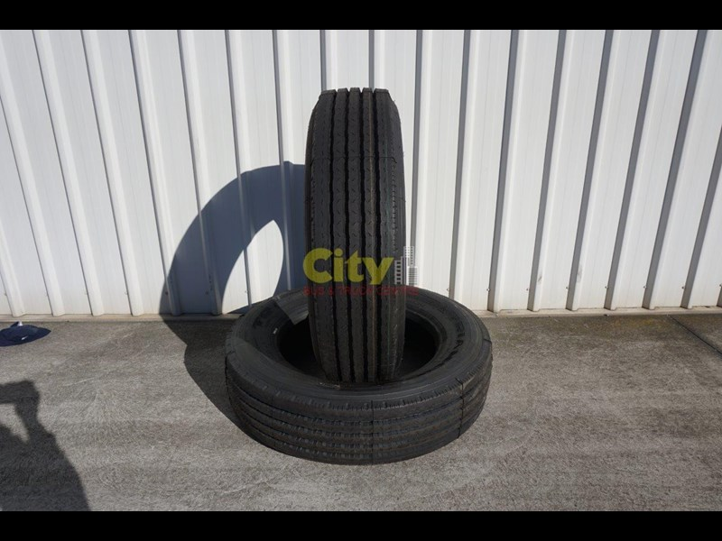 triangle 255/70r22.5 tr656 trailer tyre 423982 001