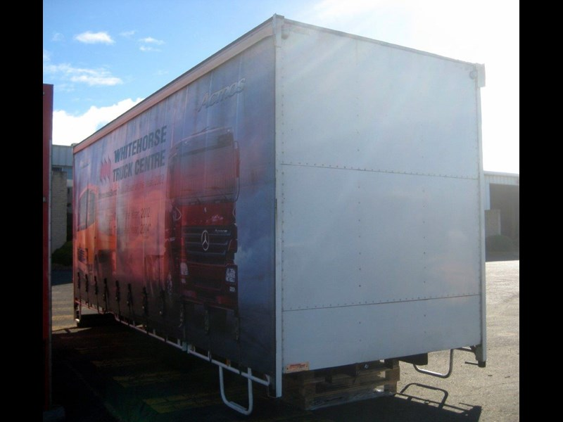 all truck 12 pallet curtainsider body 406731 035