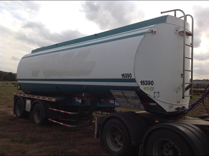 marshall lethlean 19mt b double fuel tanker blvr 151179 023