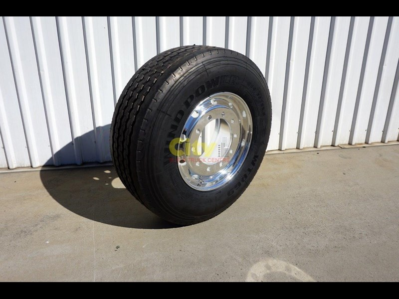 other 10/335 11.75x22.5 super single rim & tyre package 448575 001