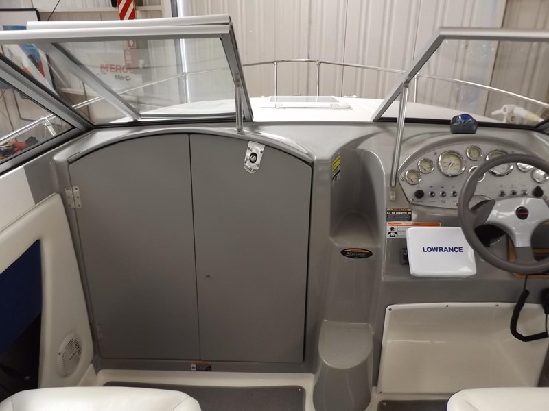 bayliner 192 discovery cuddy cabin 457745 017