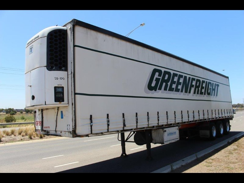 freighter st3 tri axle 22 pallet refrigerated curtainsider 459453 003