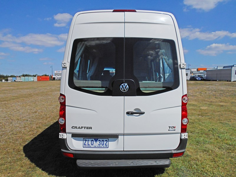 volkswagen crafter 2 berth ultima 463533 027