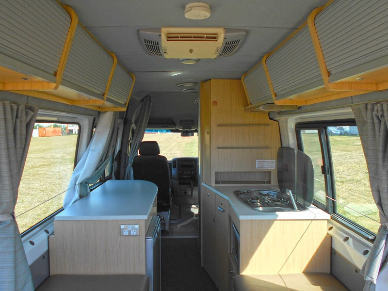 volkswagen crafter ultima 2 berth 463533 035