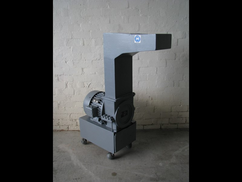 plasticut small industrial plastic granulator 3hp 471099 001