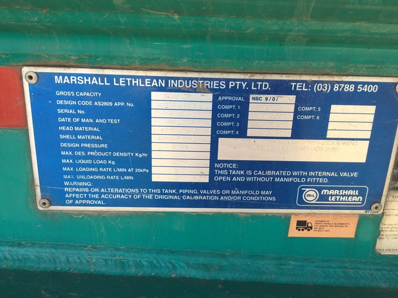 marshall lethlean 19 meter b double set fuel tanker 472477 027