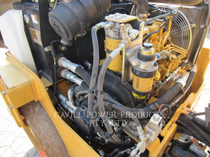 caterpillar cb24 469413 043
