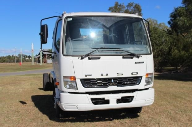fuso fighter 1024 480338 005