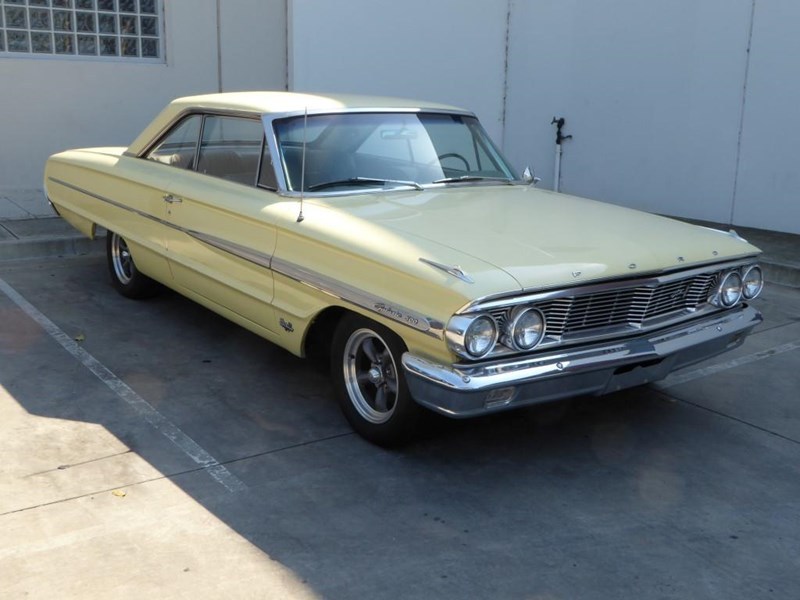 ford galaxie 492077 005